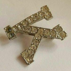 Vintage Jewelry - Vintage rhinestone K brooch silver tone
